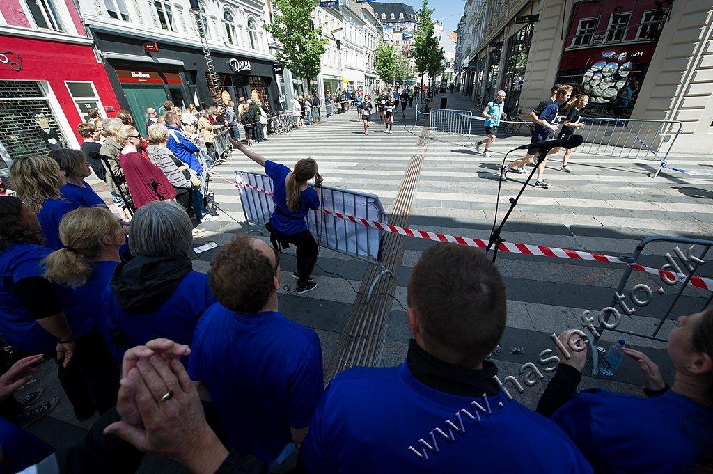AarhusCityHalvmarathon22-Fotograf-Henrik-Olsen-Haslefoto.jpg